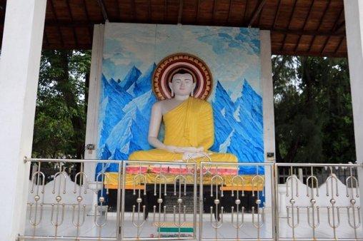 bouddha dans une rue de la partie ville moderne de Galle - l'autre ailleurs au Sri-Lanka, une autre idée du voyage