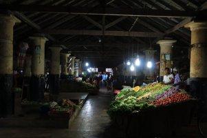 marché dans la partie ville moderne de Galle - l'autre ailleurs au Sri-Lanka, une autre idée du voyage