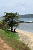 une plage à peu près propre dans la partie vieille ville de Galle - l'autre ailleurs au Sri-Lanka, une autre idée du voyage