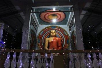 un Bouddha à Kandy - l'autre ailleurs au Sri-Lanka, une autre idée du voyage