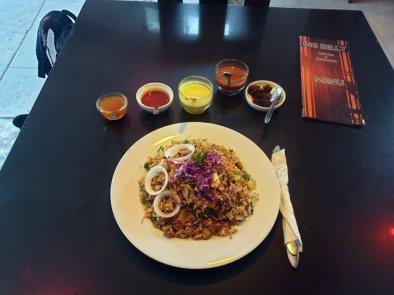 déjeuner au restaurant Big Belly à Mirissa - l'autre ailleurs au Sri-Lanka, une autre idée du voyage