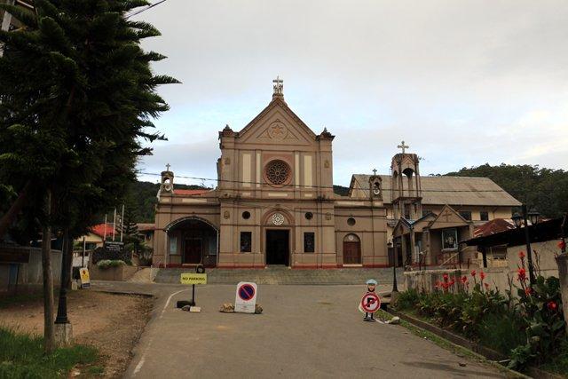 église à Nuwara Elyia - l'autre ailleurs au Sri-Lanka, une autre idée du voyage