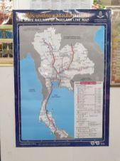plan des lignes de train, en gare de Chiang Mai, en attendant le train de nuit pour Bangkok - l'autre ailleurs au Myanmar (Birmanie) et Thaïlande, une autre idée du voyage