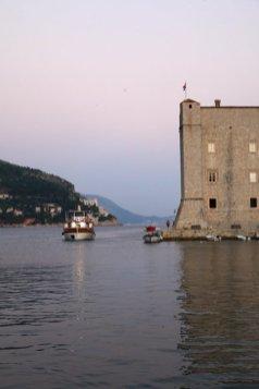 le vieux port dans la vieille ville de Dubrovnik - l'autre ailleurs en Croatie, une autre idée du voyage
