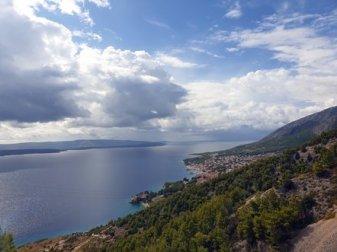 en bus vers Bol sur l'île de Brač - l'autre ailleurs en Croatie, une autre idée du voyage