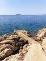 au bout du béton mon plongeon dans la mer à Cavtat - l'autre ailleurs en Croatie, une autre idée du voyage