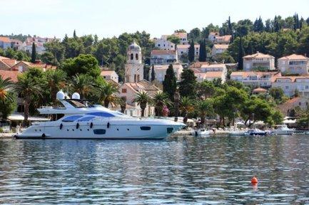 sur le port de Cavtat - l'autre ailleurs en Croatie, une autre idée du voyage