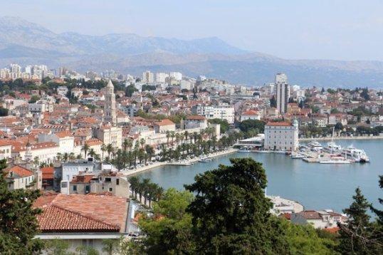 la vue depuis le haut de la colline Marjan à Split - l'autre ailleurs en Croatie, une autre idée du voyage