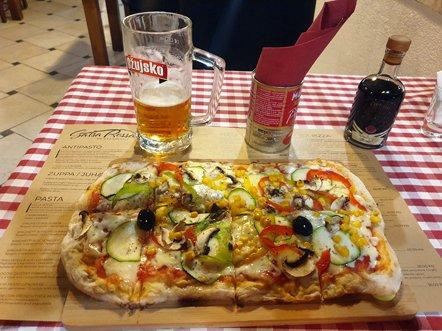 Une excellente pinsa (pizza) au Salsa Rossa Italian Restaurant à Zadar - l'autre ailleurs en Croatie, une autre idée du voyage