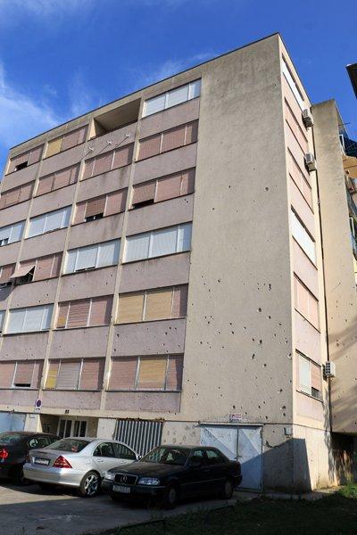 impacts de balles, stigmates de la guerre de 1991-1995 à Zadar - l'autre ailleurs en Croatie, une autre idée du voyage