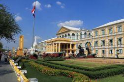le ministère de la défense à Bangkok - l'autre ailleurs au Myanmar (Birmanie) et Thaïlande, une autre idée du voyage