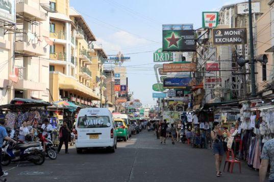 Khao San Road le jour à Bangkok - l'autre ailleurs au Myanmar (Birmanie) et Thaïlande, une autre idée du voyage