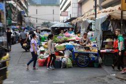 traditions et modernité, dans les rues de Bangkok. - l'autre ailleurs au Myanmar (Birmanie) et Thaïlande, une autre idée du voyage