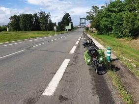 juste avant d'arrive à Marmande (47) - l'autre ailleurs en Vélo, une autre idée du voyage (www.autre-ailleurs.fr)
