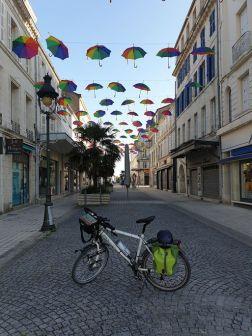 promenade dans Rochefort (17) - l'autre ailleurs en Vélo, une autre idée du voyage (www.autre-ailleurs.fr)
