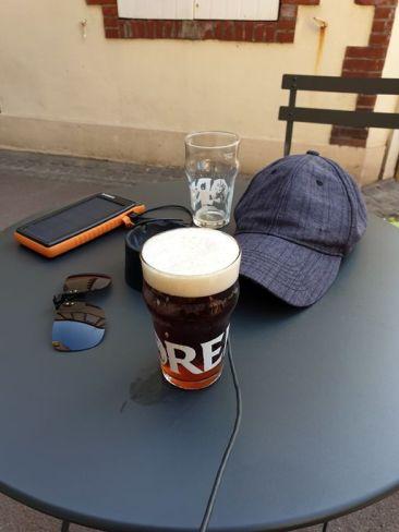 la traditionnelle bière de fin de journée, à Pornic (44) - l'autre ailleurs en Vélo, une autre idée du voyage (www.autre-ailleurs.fr)