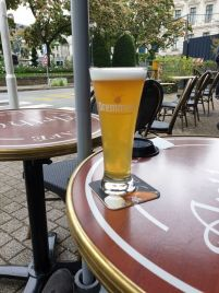 une bière à Vannes (56) - l'autre ailleurs en Vélo, une autre idée du voyage (www.autre-ailleurs.fr)