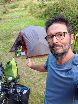 """posé dans un havre de paix et de calme, le camping """"Domaine De Kerelly"""" à Josselin (56) - l'autre ailleurs en Vélo, une autre idée du voyage (www.autre-ailleurs.fr)"""