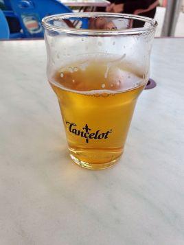 """une bière au camping """"Domaine De Kerelly"""" à Josselin (56) - l'autre ailleurs en Vélo, une autre idée du voyage (www.autre-ailleurs.fr)"""