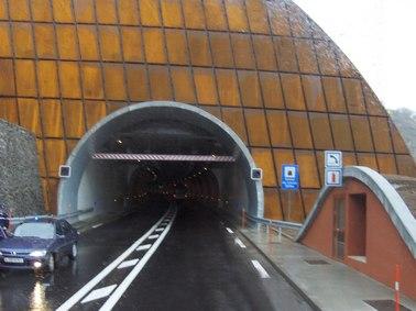 Tunnel du Lioran, l'entré côté Aurillac, Cantal