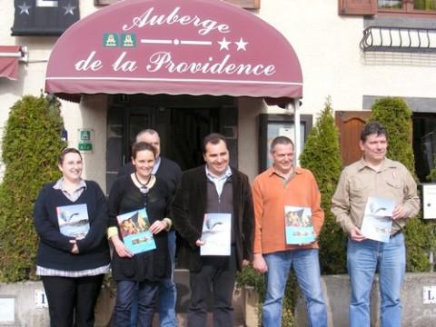 Présentation de la brochure vacance cantal 2009