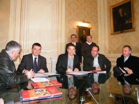 Signature du partenariat ERDF et la Ville d'Aurillac