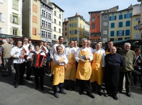 Toques d'Auvergne, Cabrettes et Accordéons au Puy-en-Velay