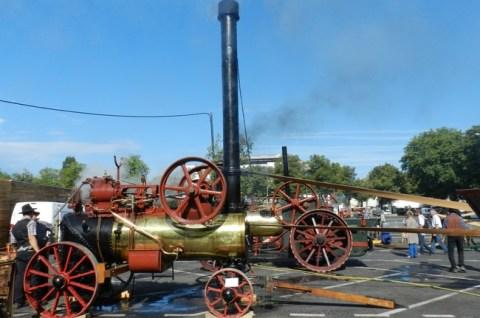Machine à vapeur et tracteurs anciens à la festa Del Païs de St Flour