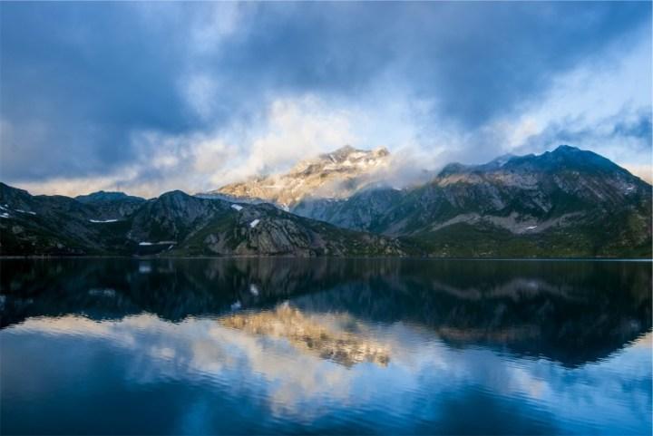 idyllic-lake-landscape-4062-824x550