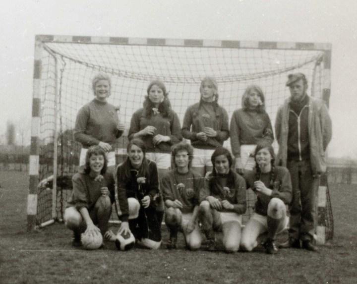 Dames B 1972 ( Foto Ria Vogels )