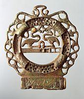 Jochaufsatz aus dem keltischen Grab von Waldalgesheim Foto: H. Lilienthal, RLMB