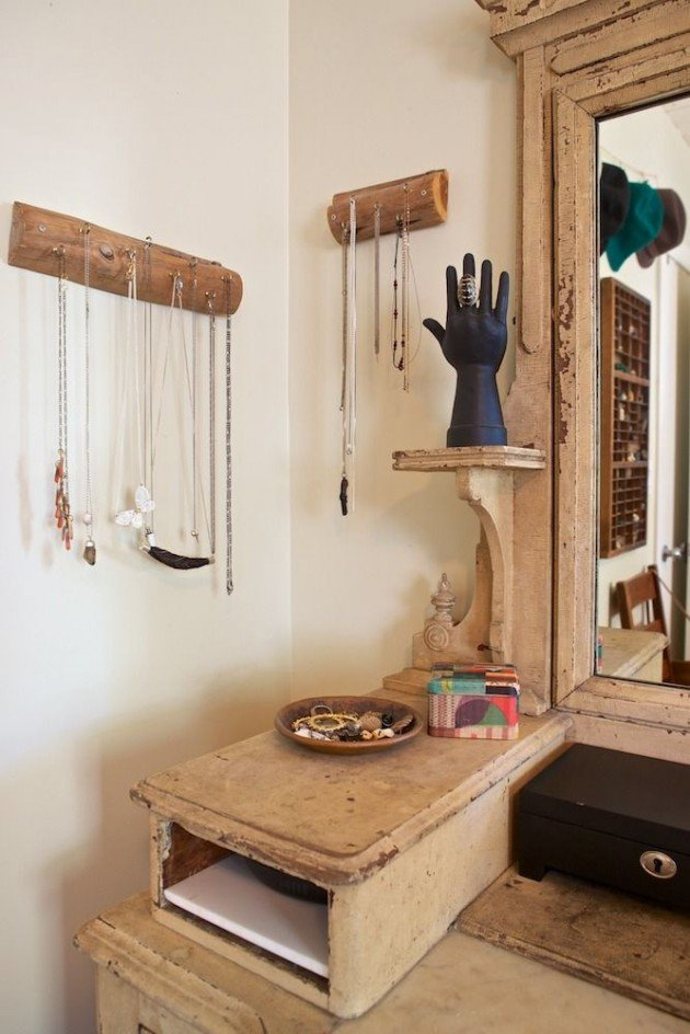 25 DIY Rustic Log Decoration Ideas  Available Ideas