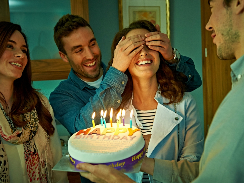 7 Ideas to Surprise Someone for His Birthday - Available Ideas