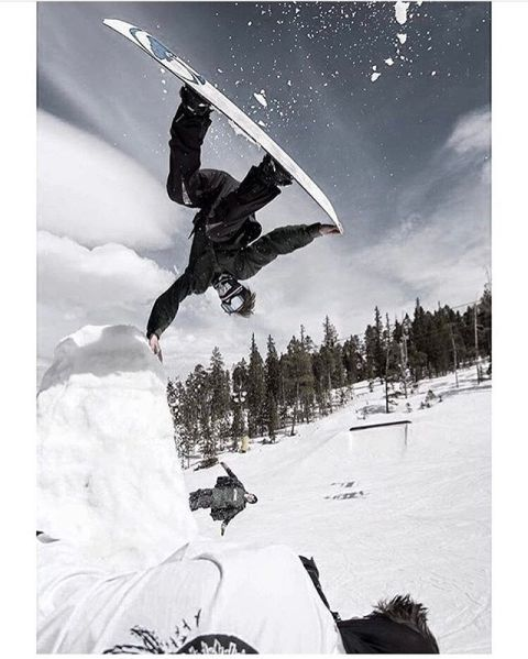 @jah_he finds a new perspective. #A7Renegade #liveactivated #snowboarding #snowboardingfacemask www.liveactivated.com