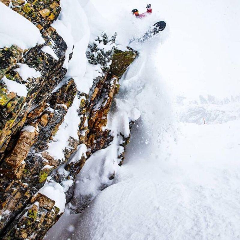 @randystrand3 getting sendy testing a @wintersticksnowboards ARK during the @jacksonhole @shapersummit.  Hoping the deep pow days come back soon!  #AVALON7 #seekthestoke #snowboarding