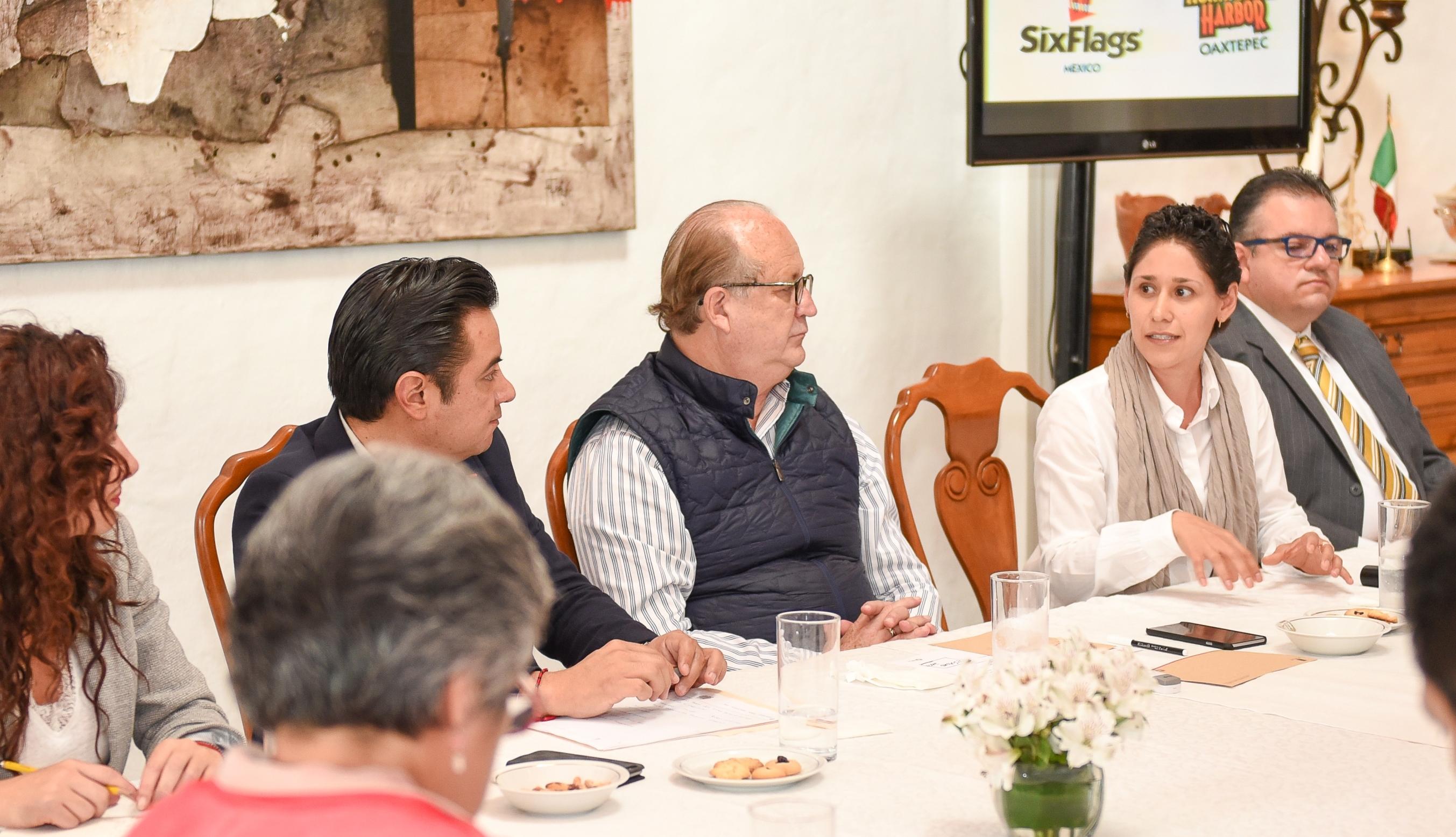 Graco - Reunión con directivos de Six Flags México