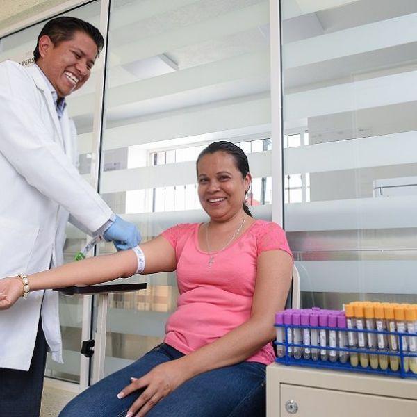 """Laboratorio de Análisis Clínicos del Centro de Salud """"Centinela"""" de Tlayacapan"""