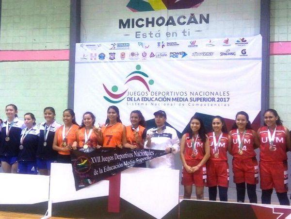 Cesia Sunen y Hefziba Asenath Barrera Bahena, Nely Karime Flores Lugo y Regina Guadalupe Rojas Beltrán