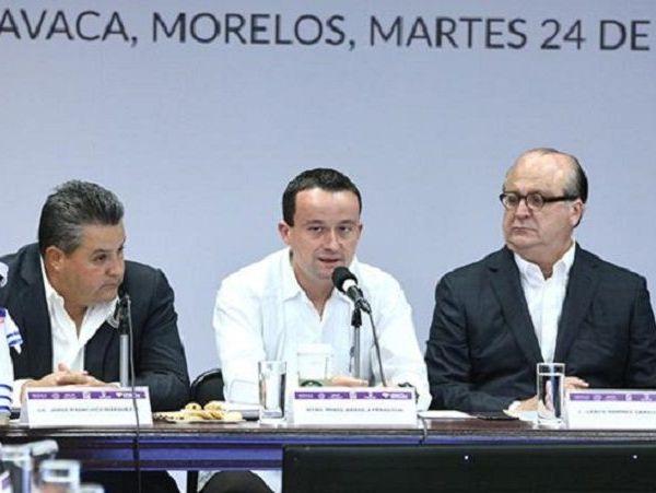 el Presidente de la República, Enrique Peña Nieto,