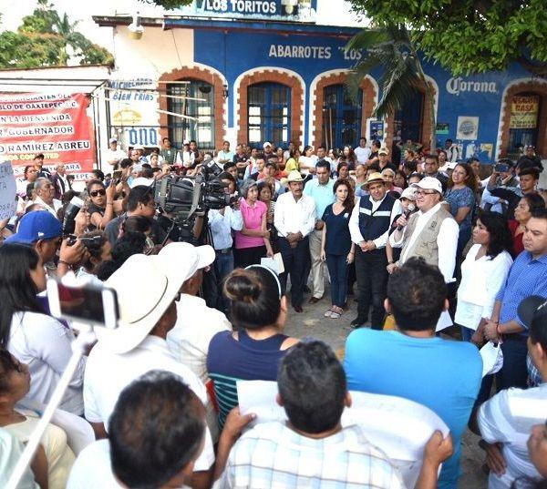 Caminos y Puentes Federales (CAPUFE) a ser solidario con los morelenses, cancelando el cobro de peaje en las autopistas a su cargo