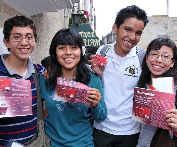 alumnos de las preparatorias, bachilleratos y demás subsistemas de educación media superior en Morelos