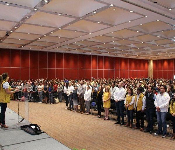 El PRD está más fuerte que nunca y comprometido con la sociedad, afirmó la presidenta estatal del Sol Azteca, Hortencia Figueroa Peralta