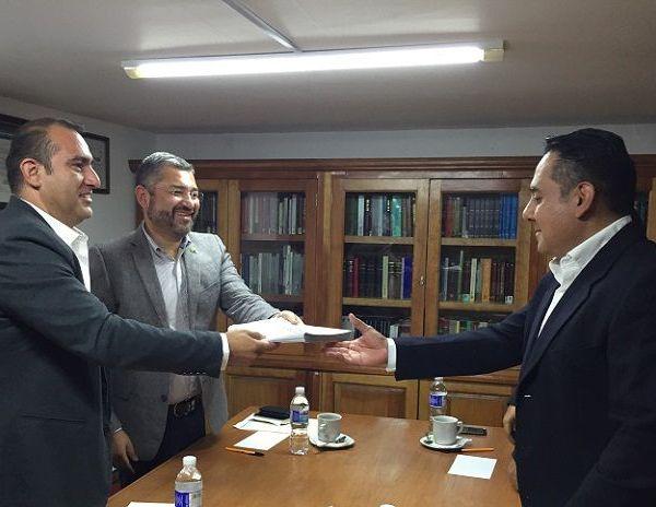 """Periódico Oficial """"Tierra y Libertad"""" y está inscrito en el Registro Público de la Propiedad"""