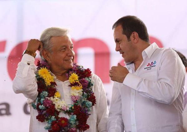Andrés Manuel López Obrador, candidato a la presidencia de la República por tercera ocasión, confirmó que el alcalde de Cuernavaca y ex seleccionado nacional Cuauhtémoc Blanco era el ganador de la encuesta