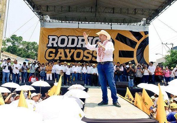 Inició en Cuautla su campaña a gobernador por la coalición PRD y PSD ante miles de seguidores