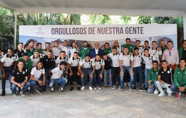 Recibió la playera del Club, de manos de Michel Richaud, director deportivo del Club, quien hizo énfasis en todo el esfuerzo que se realizó desde el Gobierno del Estado para aterrizar el proyecto Club Atlético Zacatepec