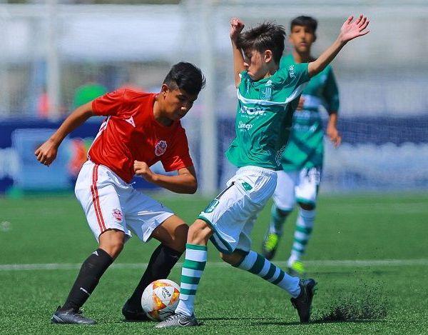 Fueron 24 equipos los que participaron en el torneo, que inició el 26 de julio pasado, cuyo objetivo es foguear a los jóvenes, brindándoles la oportunidad de probarse ante jugadores de diversas regiones del país, además de ser observados por expertos en la materia