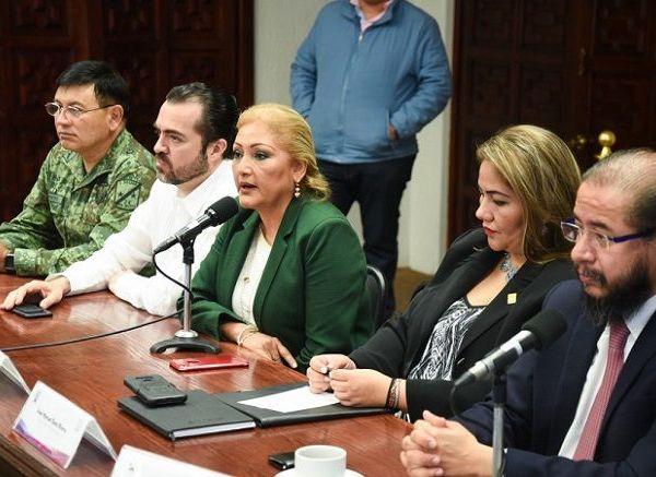 María del Carmen Verónica Cuevas López, presidenta del TSJ, dijo que esta coordinación y comunicación entre las instituciones de justicia ayudará a que los Poderes del Estado estén en un mismo canal, para evitar actos de corrupción es necesario este tipo de acercamientos porque somos varias instituciones que intervienen en el sistema de justicia penal, lo importante es trabajar hacia una mejor impartición de justicia