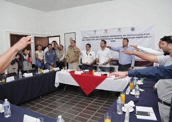 Agradeció la participación de regidores y ayudantes municipales, miembros de este comité, por sumarse a este esfuerzo tan importante y trascendental en la seguridad de los ciudadanos y sus bienes
