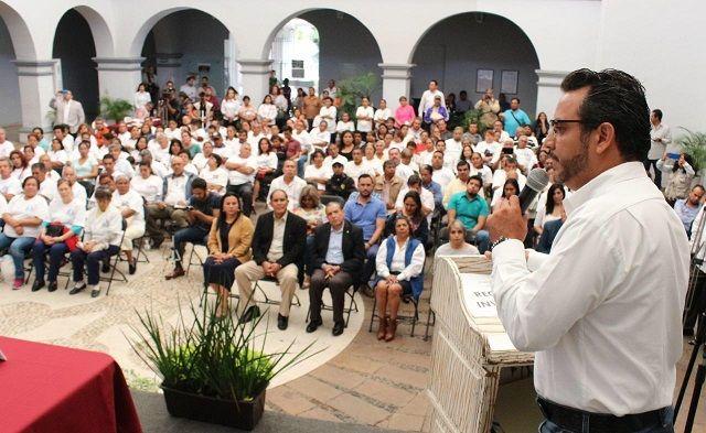 Recordó que la seguridad en Cuernavaca es responsabilidad del Gobierno del Estado, por la imposición de un decreto mediante el cual las policías municipales pasar al control de la Comisión Estatal de Seguridad (CESMorelos)